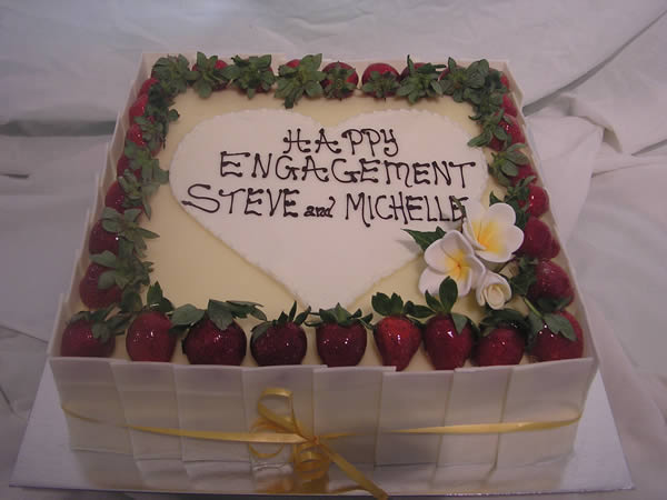 Decorating Ideas > Birthday Cakes, Anniversary Cakes, Engagement Cakes  ~ 001710_Cake Design Ideas For Engagement